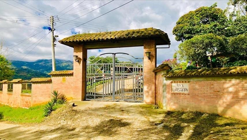 Finca La Estación, Vereda Carrizal, Fómeque - Cundinamarca.